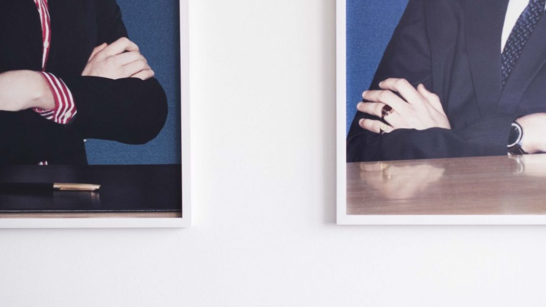 lawyer-portrait-frames-wall-1152x648-lindenpartners-Berlin