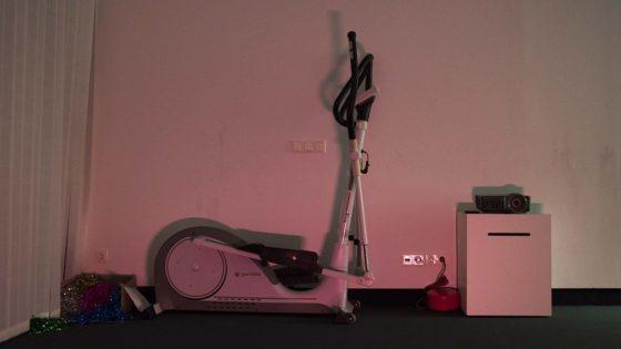treadmill-christmas-red-light-1152x648-lindenpartners-Berlin